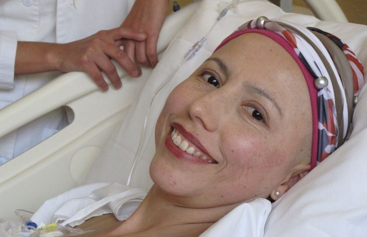 Sandra Balladares during cancer treatment